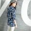 เวอร์ชั่น 2016 เสื้อเชิ้ตยีนส์ ลายคลาสสิก พิมพ์ลายดอกไม้ thumbnail 4
