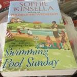 swimming pool sunday madeleine wickham (sophie kinsella) ราคา 200