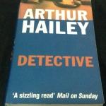 detective by arthur hailey ราคา 150