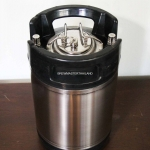 Keg 2.5 Gal - Cornelius Ball lock type ( New Condition)