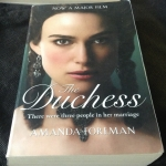 the duchess amanda foreman ราคา 180