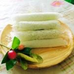 เกสรลำเจียก (Candied coconut roll)