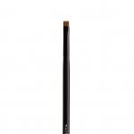 ทัชอัพ แปรงทาตาปลายแบน เบอร์ 205 (Flat Definder Brush no.205)