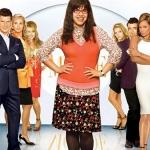 Ugly Betty Season 2 / อั๊กลี่ เบ็ตตี้ สาวเปิ่นขอเดิ้น ปี 2 / 5 แผ่น DVD (บรรยายไทย)