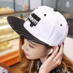 หมวกฮิปฮอป หมวก Hiphop ลาย Trukfit สีขาว
