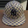 หมวก New Era New York Yankees Gold/Black ( ไซส์ 7 3/8 58.7 cm )