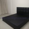 เตียงฐานทึบหุ้มหนังสีดำ TP Luxury Bed