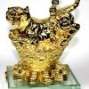 เสือมงคลสีทอง ราชาแห่งพลังอำนาจบารมี