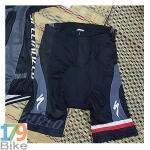 กางเกงปั่นจักรยานขาสั้น Specialized สีดำเทา
