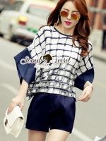 Funnel Sleeve Chic Checked Set