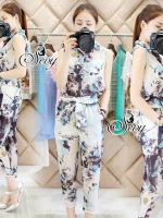 Sevy Two Pieces Of Paint Printing Sleeveless Shirt With Pants Sets (2sister) (Ribbon Belt) Fabric: Cotton Detail: เซทเสื้อเชิ้ตคอปกแขนกุ๊ด มาพร้อมกางเกงเอวยางยืด และสายโบว์คาดเอว หรือสามารถใส่เป็นที่คาดผมเก๋ๆ ก็ได้นะคะ เนื้อผ้าค้อตต้อนสวมใส่สบาย พิมพ์ลายเ