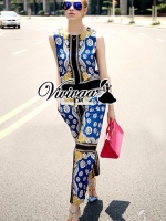 Valentino playsuit จั้มสูทกางเกงขายาว + พิมพ์งานสไตล์ Valentino ลายพิมพ์เก๋มากคะ Style : ลุคสาว Fashionista