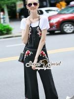 Seoul Secret Say's... Bibby Cami Blosson Stick Set Material : เซ็ทสวยๆ ลุคสาวมีคลาส เซ็ทเอี๊ยมกางเกงเนื้อผ้า Viscose สวยเก๋ด้วยงานปักลายดอกไม้ มาพร้อมกับเสื้อยืดใส่แมตซ์ สวยเก๋สไตล์สาวแฟชั่น เติมด้วยกระเป๋า รองเท้าเก๋ๆ ใส่แมตซ์ก็ยิ่งดูสวยเก๋มากคะ