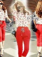 Sevy Two Pieces Of Cherry Blossom Long Sleeve Shirt With Elastic Waist Fifth Pants Sets Type: Shirt+Pants Fabric: Shirt(Chiffon)+TK(Pants) Detail: Sets เสื้อชีฟองพิมพ์ลายเชอร์รี่พื้นขาว โทนเชอร์รี่แดง มาพร้อมกับกางเกงสี่ส่วนเอวสม้อคซ่อนเชือกผูกเอวสีแดง ใส