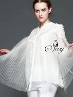 Sevy Prince Lady Organza Pleat Half Sleeve Shirt Type: Shirt Fabric: Organza Detail: เสื้อเชิ้ตผ้าแก้วอัดพลีท แขนเย็บขอบพองนิดๆ ช่วงอกปักด้วยลายลูกไม่ตัดเป็นรูปดอกเรียงร้อยอย่างสวยงาม รุ่นนี้สามารถใส่เดี่ยวๆ หรือจะใส่กับกางเกงได้หลายโอกาสนะคะ