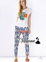 """Vivivaa recommend """"Bossom pants gilter furnish blouse set"""" Fabric : เสื้อเนื้อผ้ายืด + กางเกงเนื้อผ้าผสมสเป็นเด็กซ์ Detail : เก๋ๆ ด้วยทรงเสื้อยืดคอกลม แต่งด้วยงานพิมพ์ลายดอกไม้ เติมความสวยด้วยเกร็ดเพชรวิ้งๆ ประดับเป็นเกสรดอกไม้ มาพร้อมกับกางเกงข"""