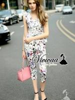 """Vivivaa recommend """"Violet blossom set"""" Fabric : เนื้อผ้าโพลีเอสเตอร์เนื้อเงาสวยอย่างดี Detail : สวยหวานด้วยวานพิมพ์ลายดอกไม้ เก๋ๆ ด้วยโทนสีม่วงแบบพาสเทล ลายพิมพ์สวยหวานมากคะ ทรงเสื้อแขนกุดต่อชายทรงใส่แล้วดูผู้ดีมากคะ มาพร้อมกับกางเกงขาห้าส่วนทรง"""