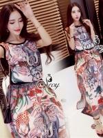 Sevy Graphic Thai Vintage Sleeveless Blouse With Long Skirt Sets Type: Blouse+Skirt (Sets) Fabric: Cotton Detail: เซทเสื้อแขนกุ๊ดมาพร้อมกระโปรงยาว พิมพ์ลายกราฟฟิกโทนสีชมพูสื่อสัญลักษณ์ความเป็นไทยเข้าเซทกัน ใส่ออกมาได้ลุคฮิปปี้ เก๋ๆค่ะ