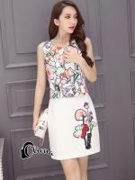 Freshy Floral Line Top + Skirt - เซ็ตเสื้อแขนกุดพิมพ์ลายดอกไม้กราฟฟิก มาคู่กระโปรงสีขาวพิมพ์ลายช่อดอกไม้ด้านซ้าย มีซิปด้านหลังทั้งเสื้อและกางเกงสวมใส่ง่าย งานเกรด Premium Quality Confirm By Cliona