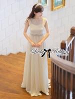 Lady Kate Goddess Diamond Embellished Belt White Chiffon Dress เดรสแขนกุดยาวตกแต่งเพชรช่วงเอว ตัวนี้ใส่แล้วดูเหมือนเทพีเลยค่ะ ดูหรูหรา มีออร่ามากๆ ช่วงตัวเป็นทรงแขนกุด ผ้าประดับกลิตเตอร์ละเอียดเป็นลายริ้วๆ งานสวยมาก ช่วงเอวเข้ารูป ประดับเพชรเม็ดเล็กไเป็นเ