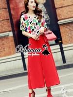 """Vivivaa recommend """"Color V blouse red pants set"""" Fabric : เสื้อเนื้อผ้า Chiffon + กางเกงเนื้อผ้า Viscose Detail : เสื้อทรงปล่อยๆ ใส่สบายๆ ดูสดใสเก๋ๆ ด้วยงานพิมพ์ลายกราฟฟิก ใช้โทนสีสดสวยน่าใส่มากคะ ช่วงคอมีดีเทลสวยๆ ด้วยทรงคอวีเฉียงนิดๆ มาพร้อมกั"""